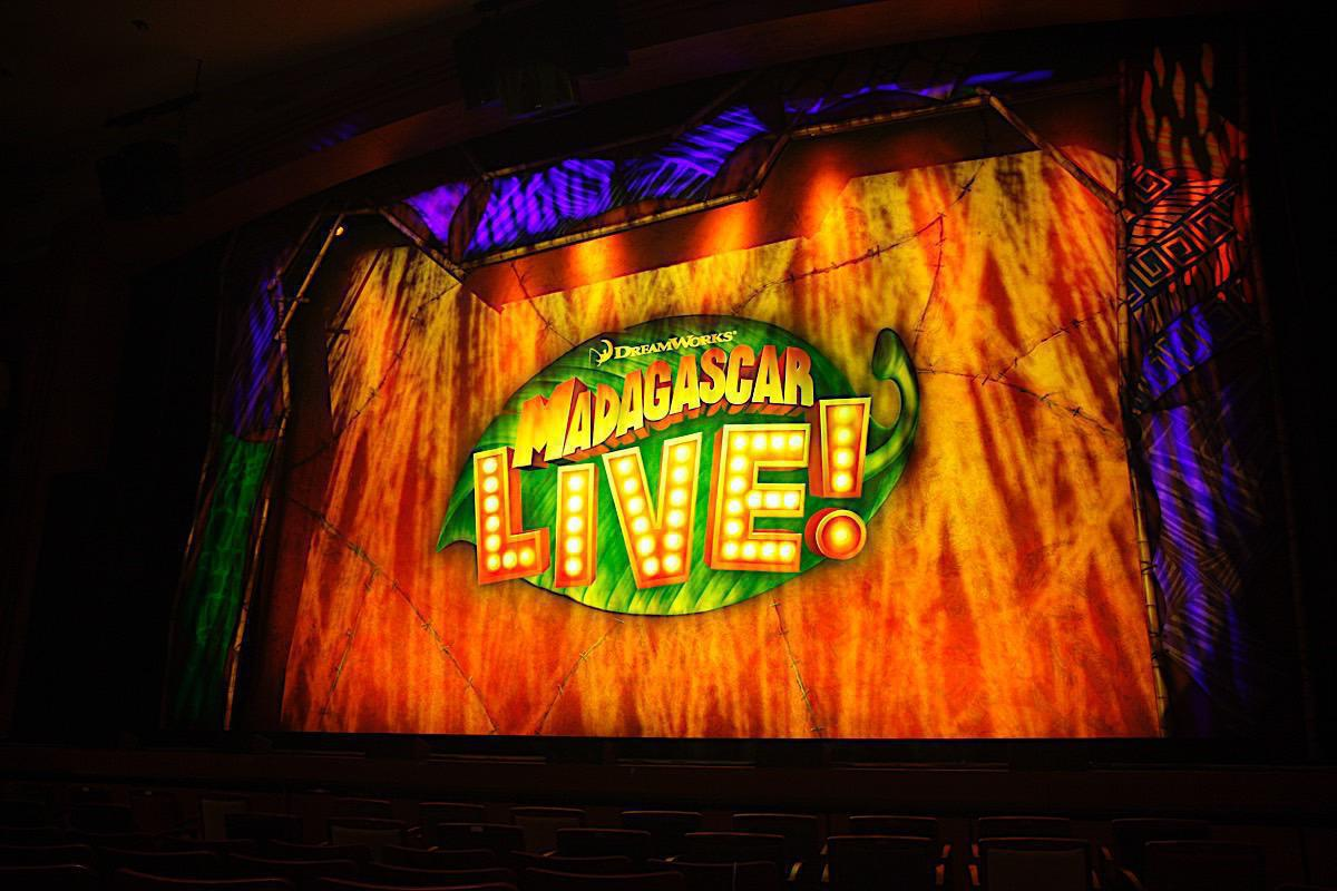 Photo 1 in 'Madagascar Live!' gallery showcasing lighting design by Mike Baldassari of Mike-O-Matic Industries LLC