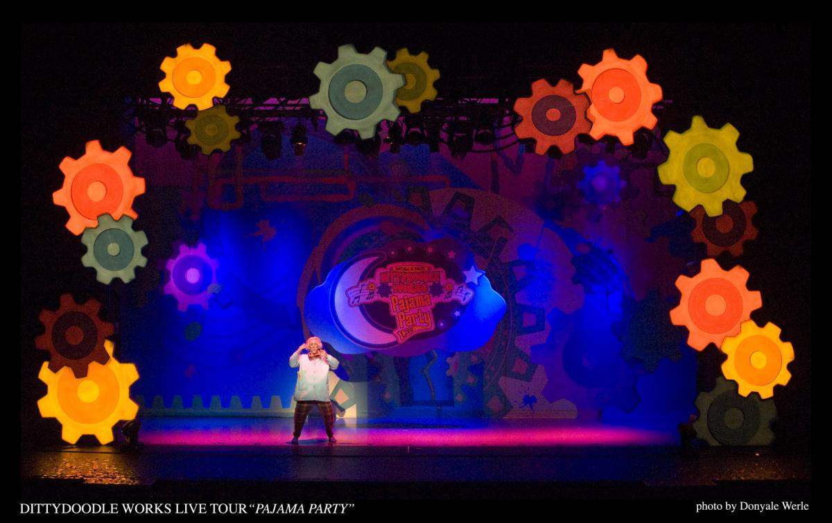 Photo 2 in 'DittyDoodle Works Pajama Party Live!' gallery showcasing lighting design by Mike Baldassari of Mike-O-Matic Industries LLC