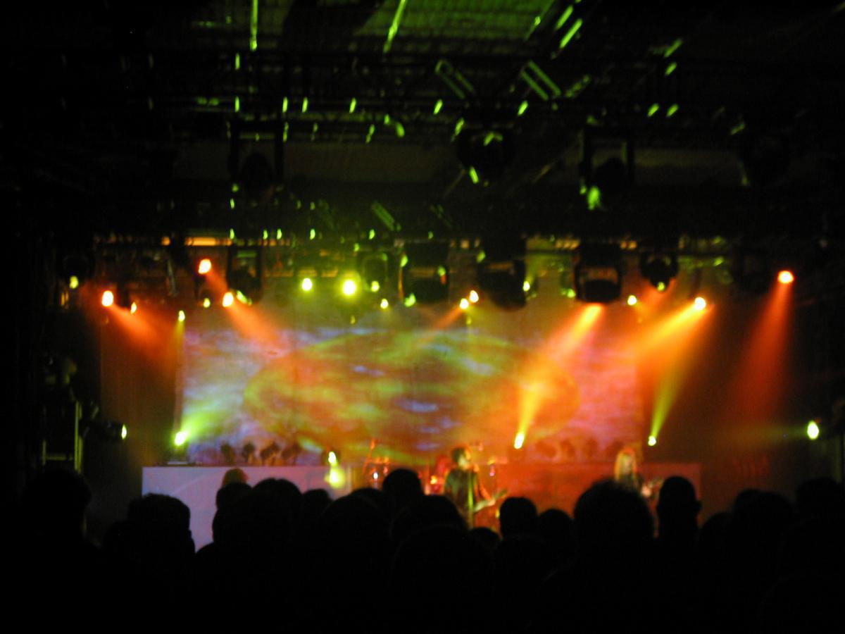 Photo 1 in 'Alice In Chains - Reunion Tour - Fall 2006' gallery showcasing lighting design by Mike Baldassari of Mike-O-Matic Industries LLC