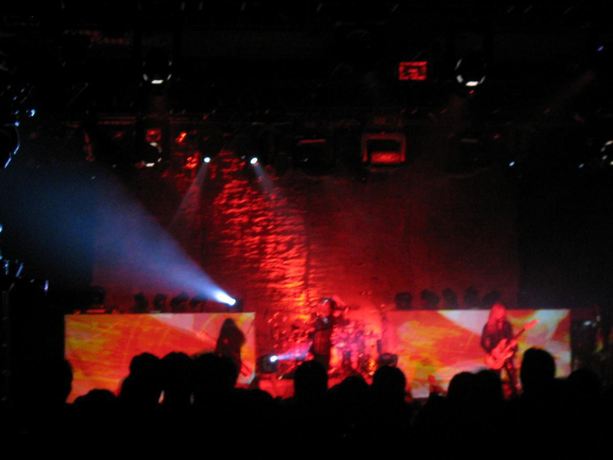 Photo 5 in 'Alice In Chains - Reunion Tour - Fall 2006' gallery showcasing lighting design by Mike Baldassari of Mike-O-Matic Industries LLC